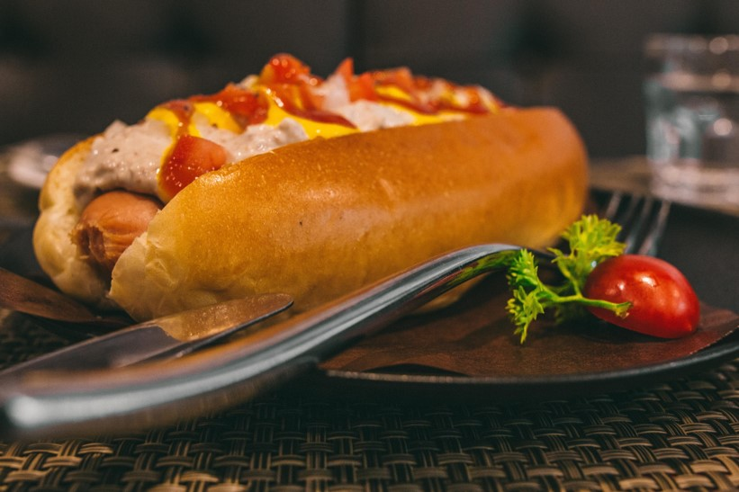 Hot dogs, bacon and other processed meats cause cancer WHO DECLARES