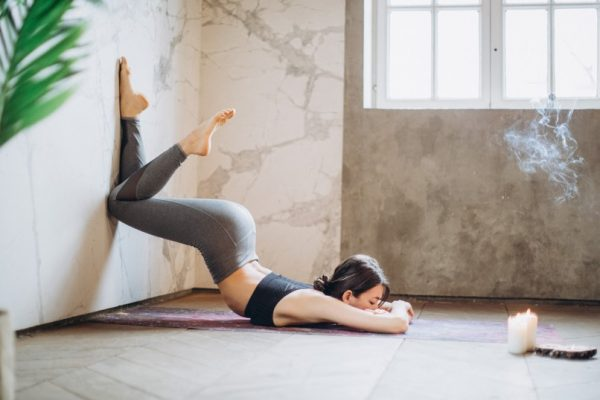 Seven best and easy yoga poses for immediate stress relief