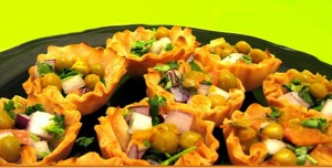 Pita shells with vegetables