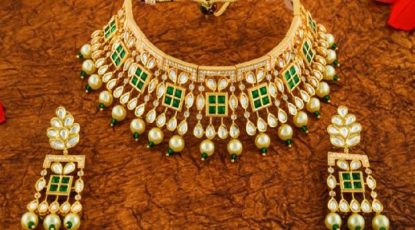 Tips to clean & store jewelry at home