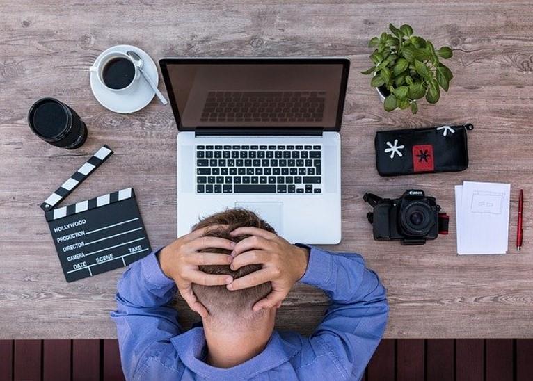 Job-loss-during-lockdown-healthylife-werindia