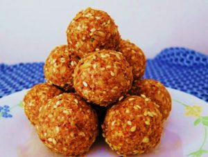 Peanut butter oats laddu